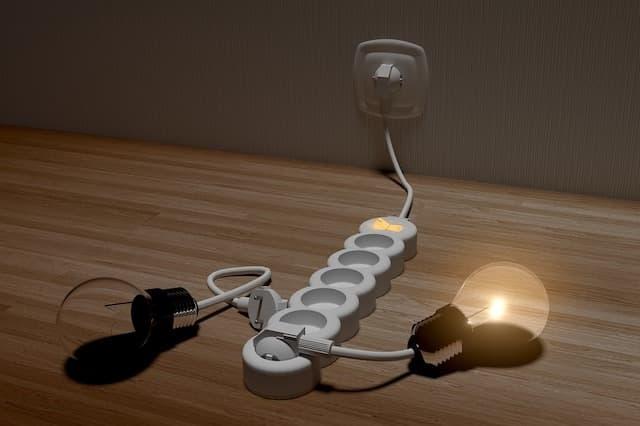 Stromschutz & -Stromverteilung